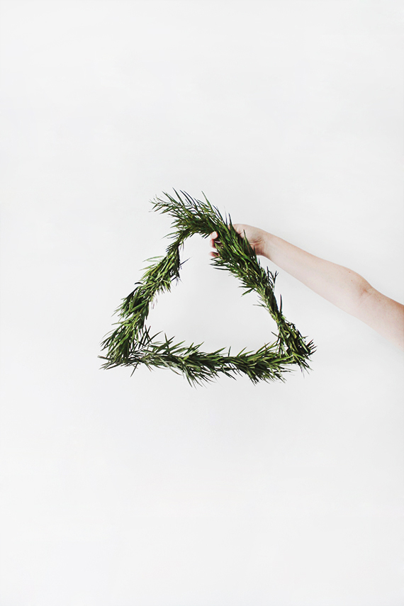 diy simple triangular wreath by almost makes perfect