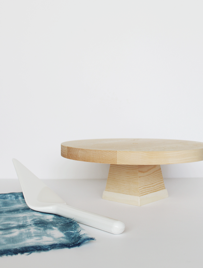 DIY Wood Cake Stand by Almost Makes Perfect