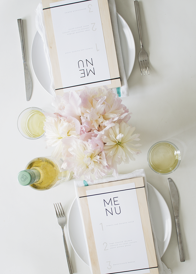 DIY wood + rubber band menus @mollymadfis