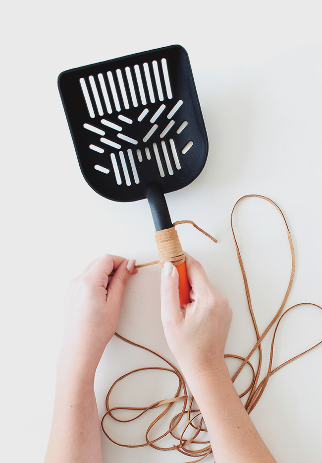 diy-leather-handle-litter-scooper-almost-makes-perfect