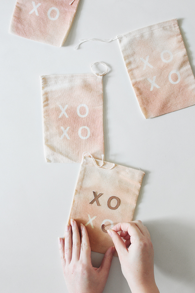 DIY XO treat bags | almost makes perfect