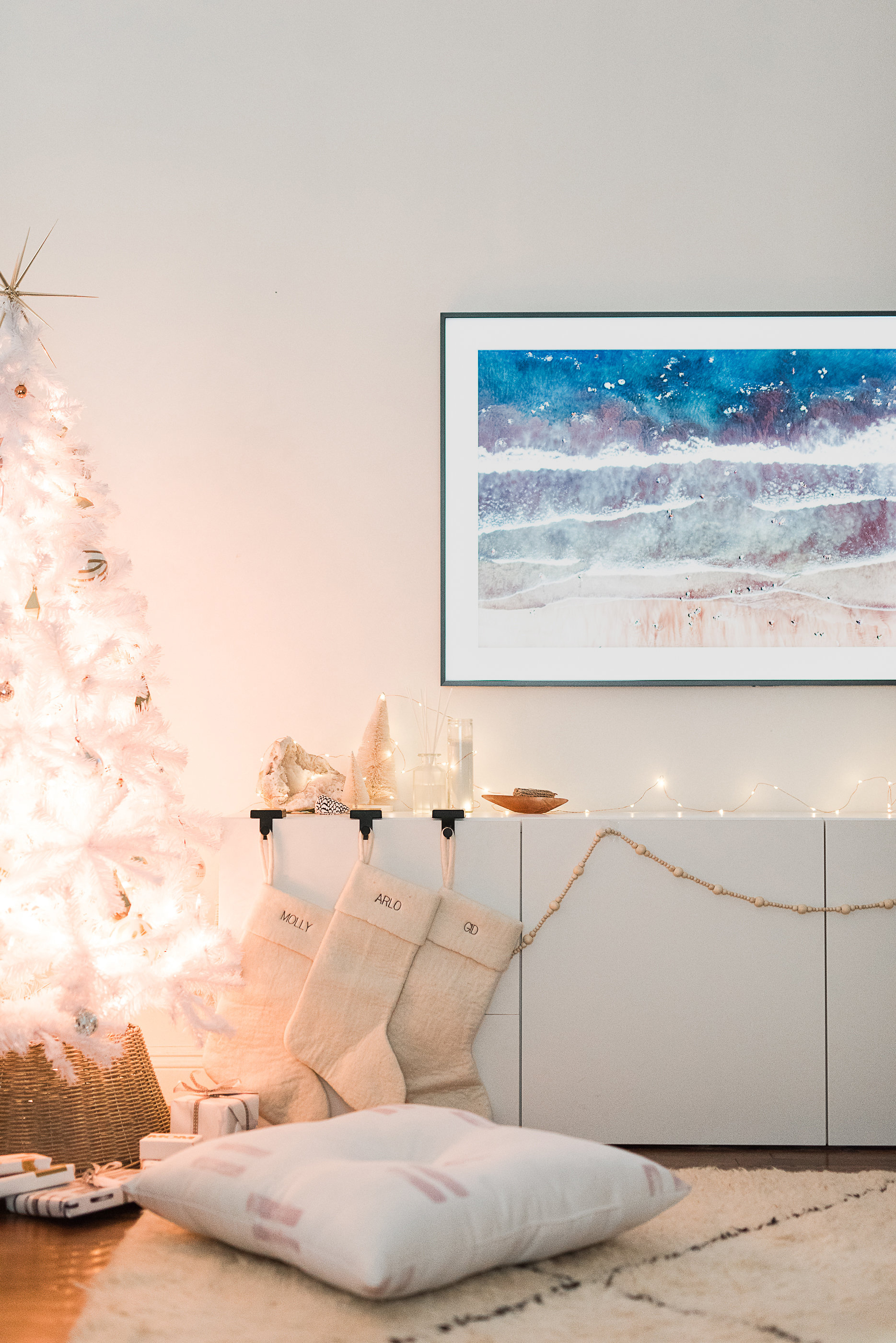 Living Room Top Of Tv Decor: Holiday Movie Night (with The Best Living Room Update Ever
