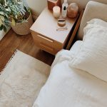 7 ways to cozy up your bedroom for fall